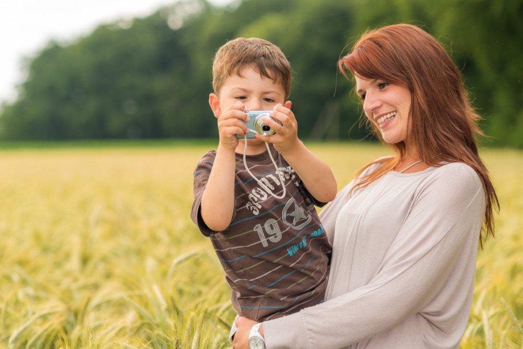 Mutter mit kleinem Sohn - artlandfoto.de
